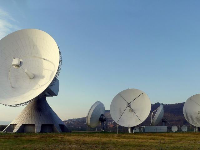 radar-dish-